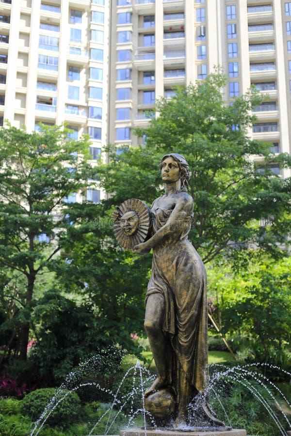 La statua della dea del sole immagini stock
