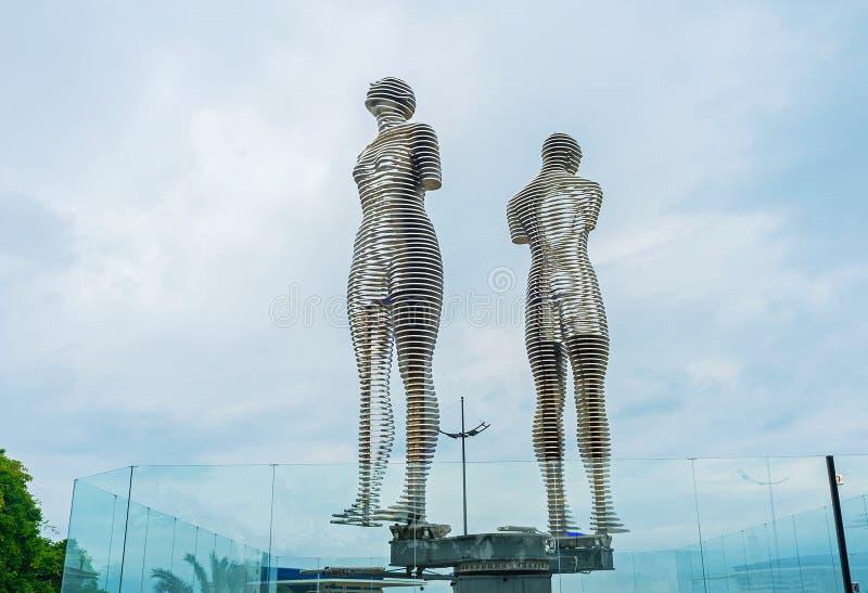 La statua di amore a Batumi fotografia stock libera da diritti