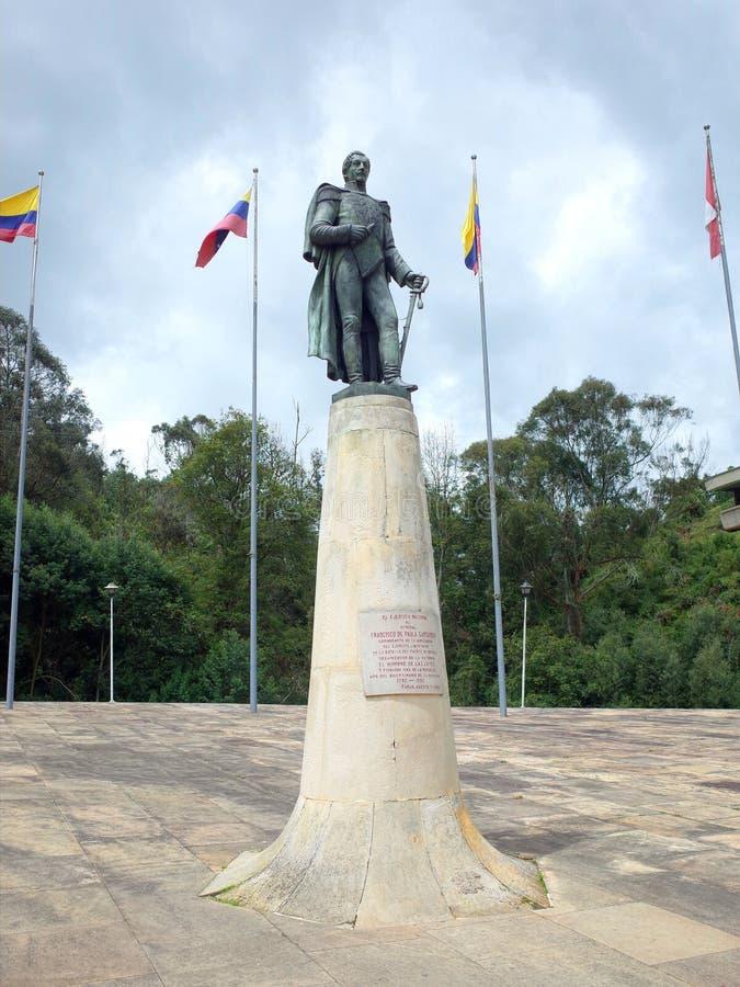 La statua di Francisco de Paula Santander a Puente de Boyaca, il sito della battaglia famosa di Boyaca fotografia stock