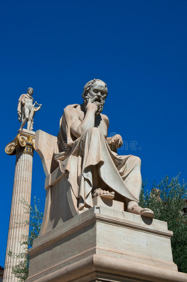 La statua di Socrates. Atene, Grecia. immagini stock libere da diritti