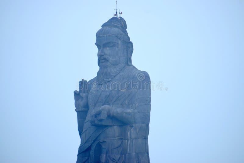 La statua di Thiruvalluvar, o la statua di Valluvar, è un 133 piedi e 40 una scultura di pietra alta da 6 m. del poeta e del filo fotografia stock libera da diritti
