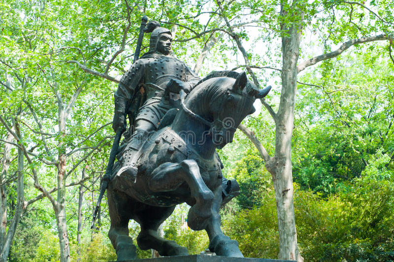 La statua di un comandante cinese nei periodi antichi fotografie stock
