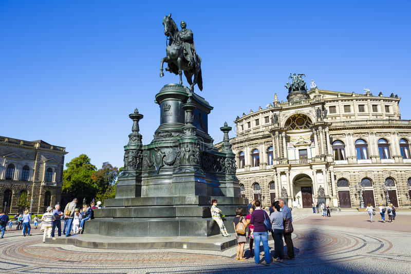 La statue équestre du Roi Johann image stock
