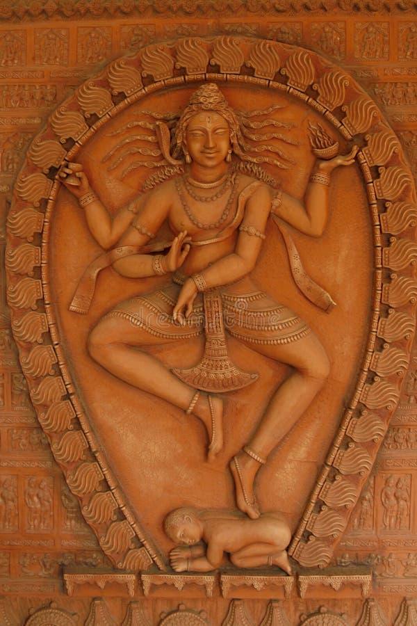 La statue d'un dieu dans le temple de Kali Mandir en Inde image stock