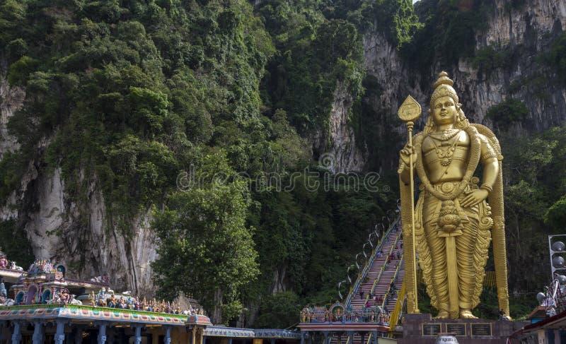 La statue d'un dieu indou Muragan chez Batu foudroie, Kuala Lumpur photographie stock