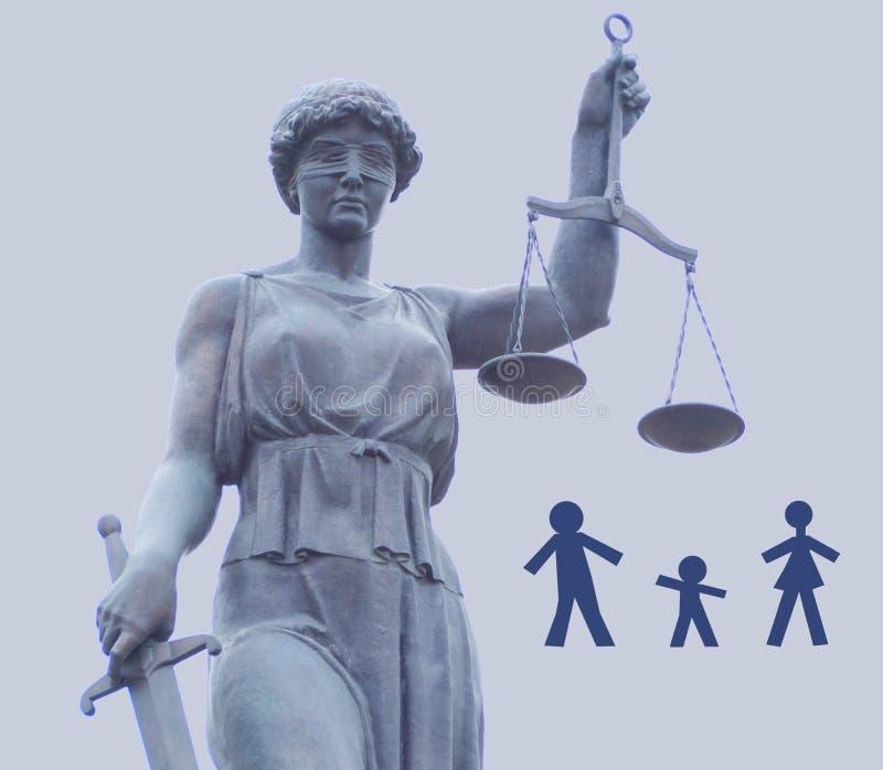 La statue de la déesse de la justice de Themis Famille de la fente trois à part photographie stock libre de droits
