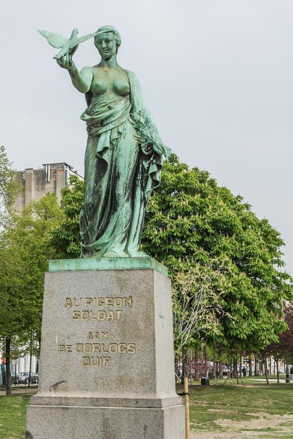 La statue du soldat Pigeon image libre de droits