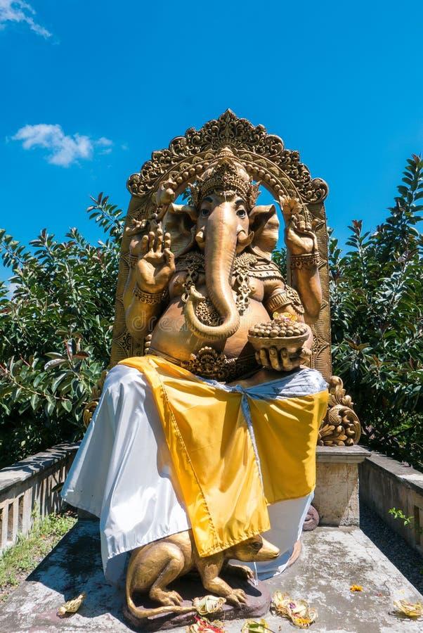 La statue extérieure de Ganesh, hindouisme figure dans Bali l'indonésie photographie stock libre de droits