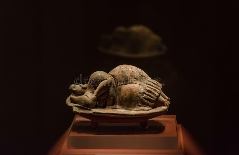 La statue préhistorique trouvée à Malte photos stock