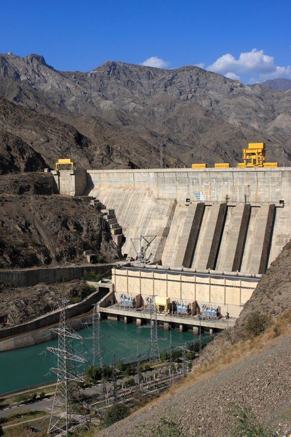 La stazione di forza idroelettrica di Toktogul fotografia stock libera da diritti