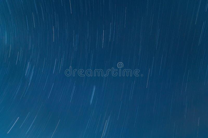 La stella trascina il cielo fotografie stock libere da diritti