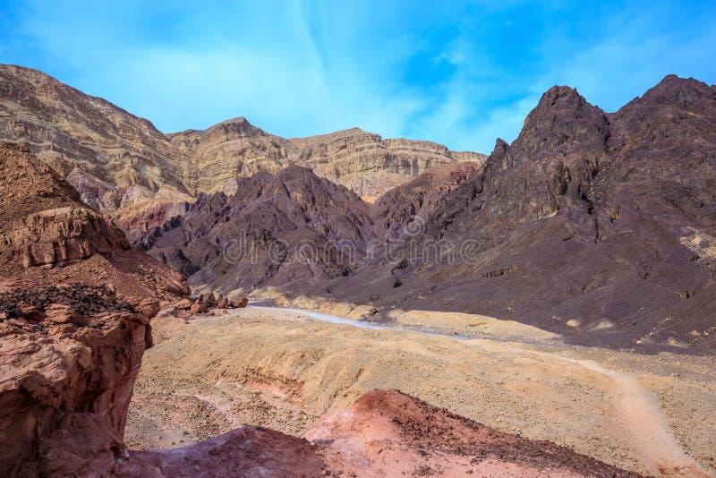 La strada non asfaltata al piede di re Solomon fotografia stock libera da diritti