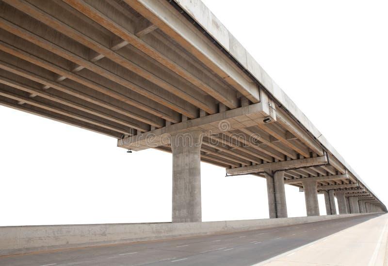 La struttura del ponte del cemento infra ha isolato l'uso bianco del fondo per multiuso immagini stock