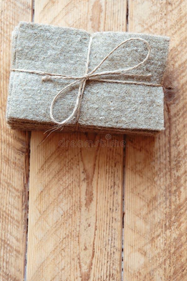 la stuoia di tela per microgreen micro-verdi crescenti a casa base vegetale per le piante crescenti immagine stock