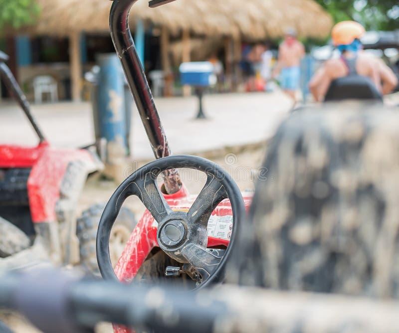La suciedad bikes y monta en fango en la República Dominicana fotografía de archivo libre de regalías