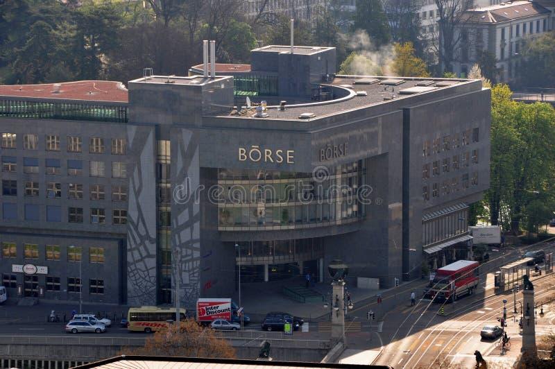 La Suisse : Bâtiment riche de bourse des valeurs du ` s de ¼ de ZÃ photo stock