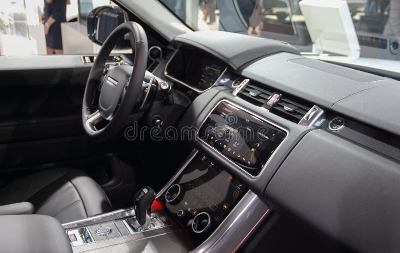 La Suisse ; Genève ; Le 8 mars 2018 ; L'intérieur de Range Rover ; Th photographie stock