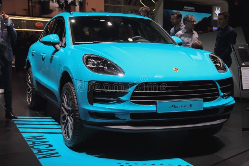 La Suisse ; Genève ; Le 10 mars 2019 ; Vue de face de Porsche Macan S ; Le quatre-vingt-dix-neuvième Salon de l'Automobile intern photo stock