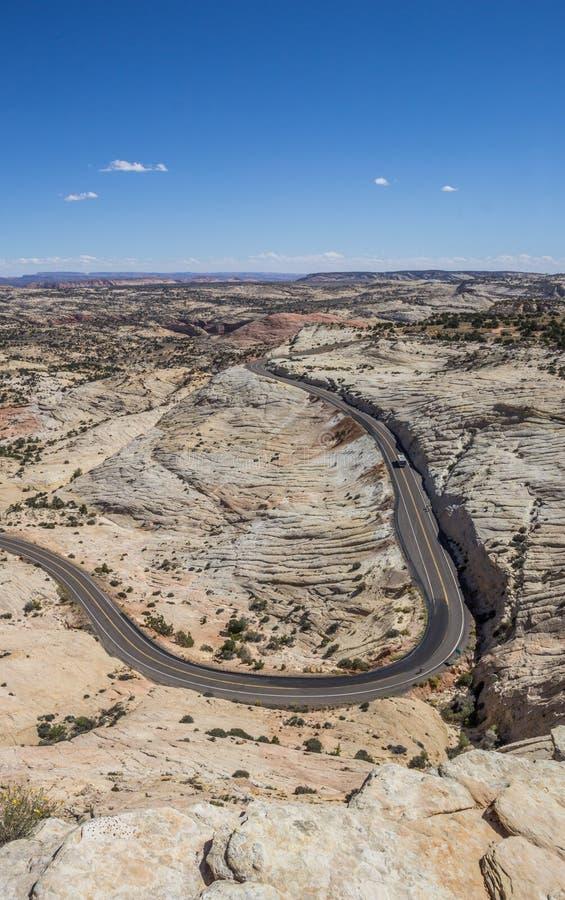 La tête des roches donnent sur au chemin détourné scénique 12 en Utah photos libres de droits