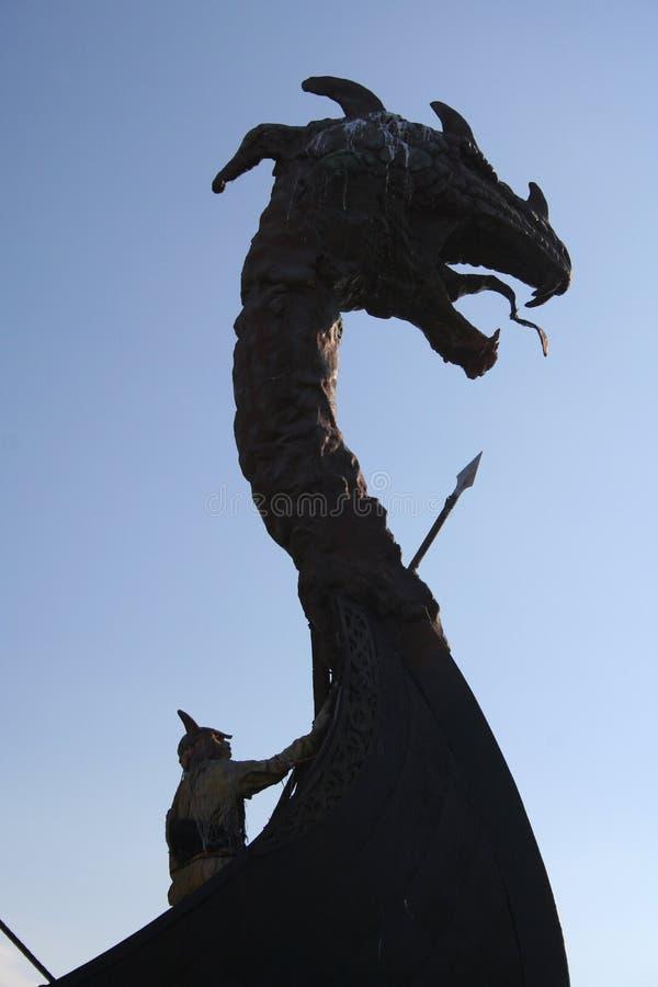 La tête du dragon images stock