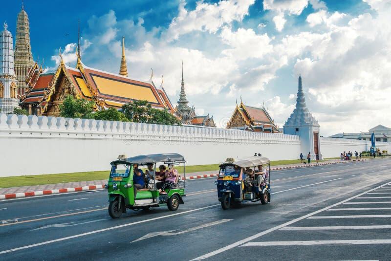 La TAILANDIA, BANGKOK - 1° luglio 2018: Tuk di Tuk immagini stock libere da diritti