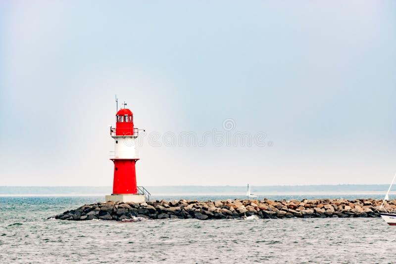 La talpa in Warnemuende Faro a Rostock immagini stock libere da diritti