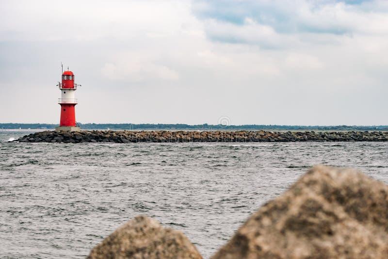 La talpa in Warnemuende Faro a Rostock fotografie stock libere da diritti