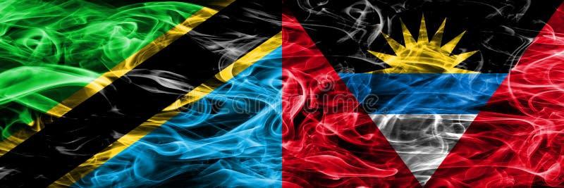 La Tanzanie contre des drapeaux de fumée de l'Antigua-et-Barbuda a placé côte à côte Drapeaux soyeux colorés épais de fumée de Ta illustration stock