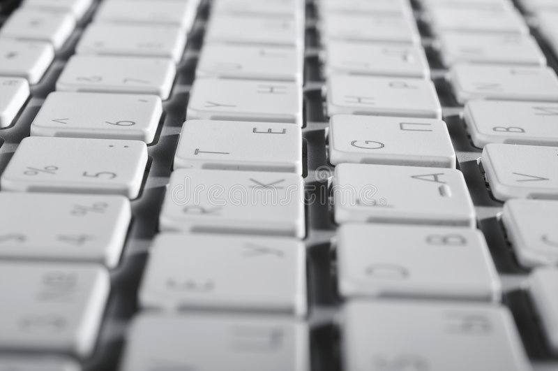 Download La tastiera di alluminio fotografia stock. Immagine di quadrato - 7321434