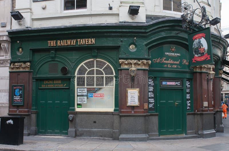 La taverne ferroviaire, rue de Liverpool à Londres image stock