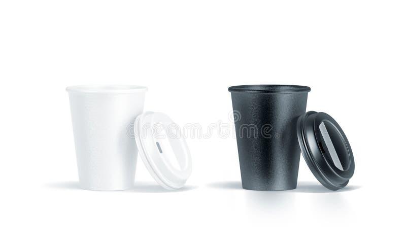 La tazza di carta eliminabile in bianco e nero in bianco ha aperto il coperchio di plastica fotografia stock libera da diritti