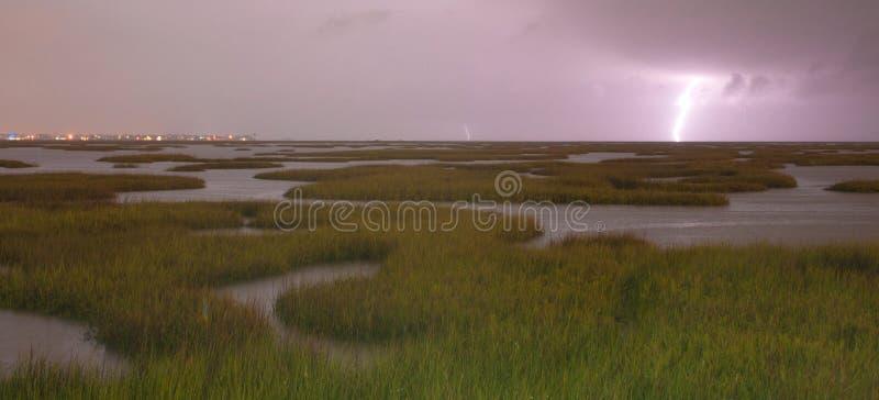 La tempête électrique approche des grèves surprise Galveston Texas We photos stock