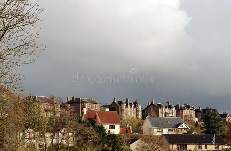 La tempesta si rannuvola le ville vittoriane fotografie stock
