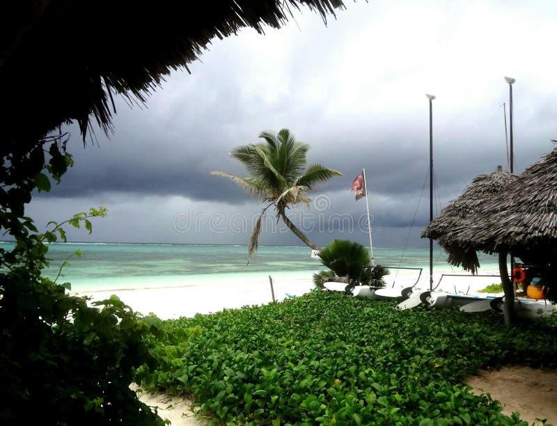 La tempesta su Zanzibar immagine stock