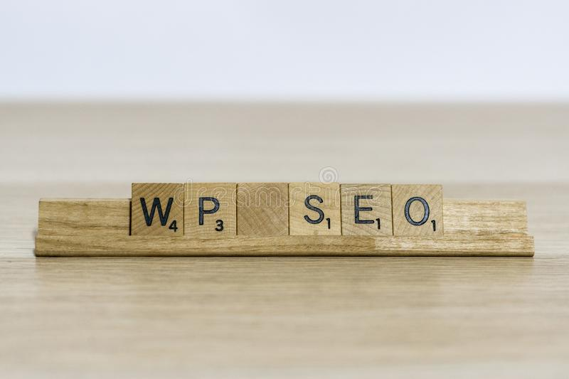 La terminologie de conception web de seo de Wordpress utilisant grattent des lettres photos stock