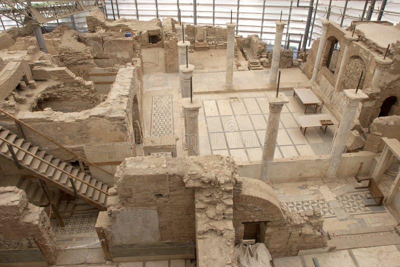 La terrasse d'Ephesus loge le célèbre, A d de gare photographie stock libre de droits