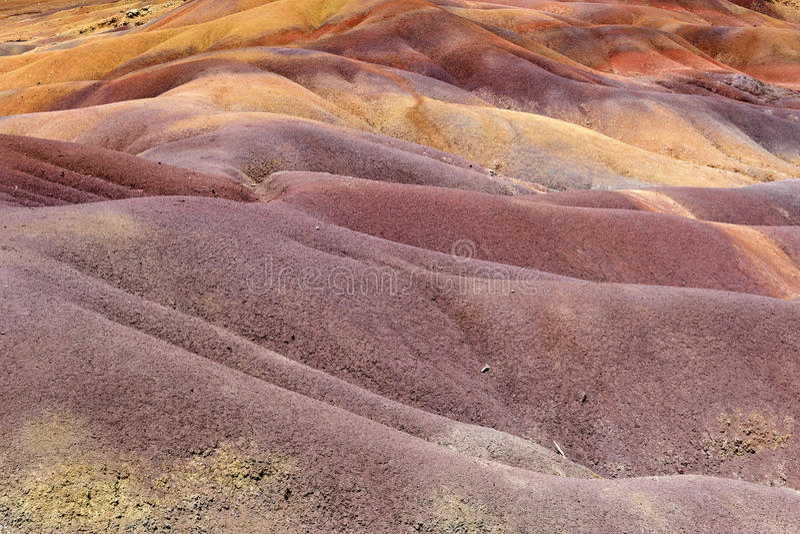 La terre colorée par sept dans Chamarel photos libres de droits