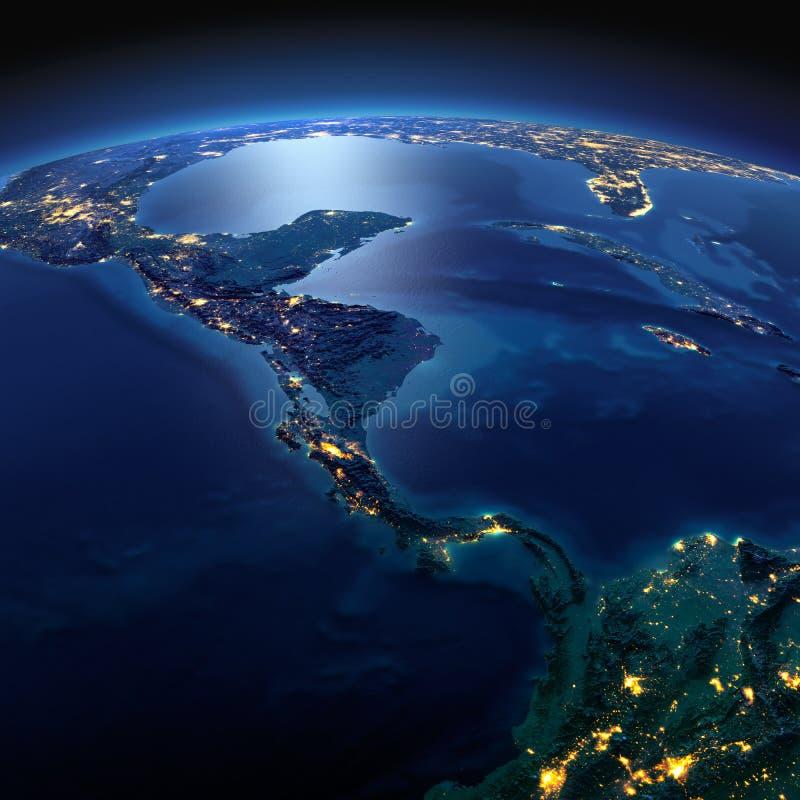 La terre d?taill?e Les pays de l'Am?rique Centrale une nuit ?clair?e par la lune photographie stock libre de droits