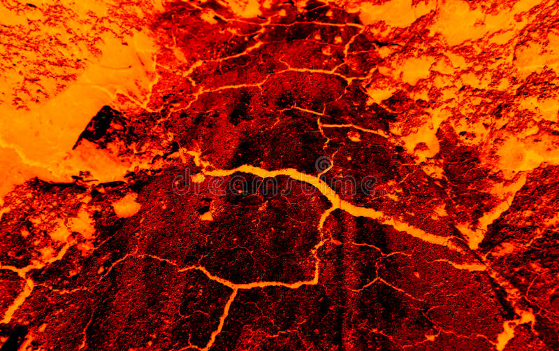 La terre fissure la lave chaude photographie stock libre de droits