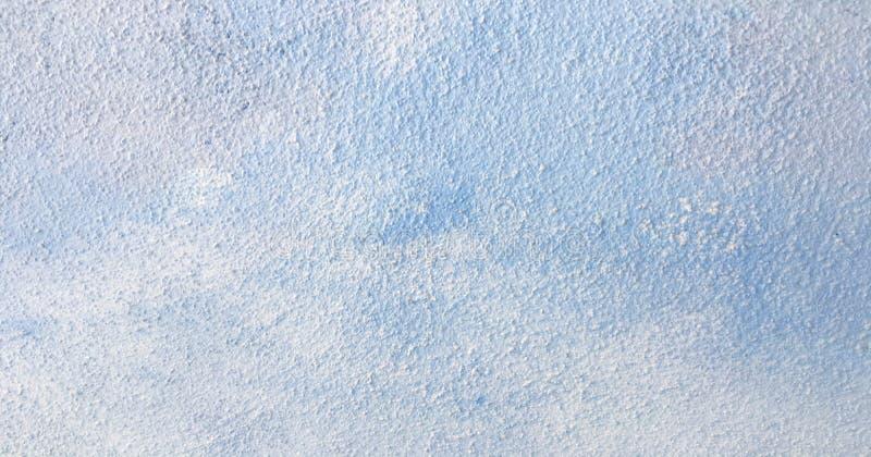 La textura azul de la pintura del aceite abstracto en el hormigón, azul pintó el fondo imagenes de archivo