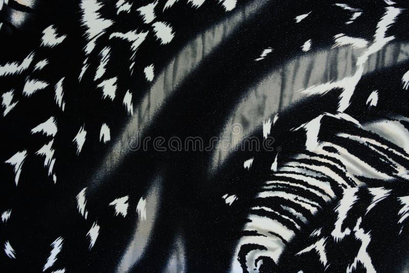 La textura de la tela de la impresión rayó la pantera para el fondo fotografía de archivo libre de regalías