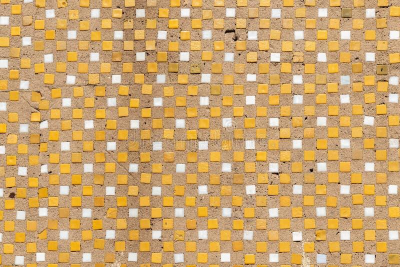 La textura del panel concreto viejo con los partes movibles de cerámica para la construcción de las casas del panel del período s imagen de archivo libre de regalías