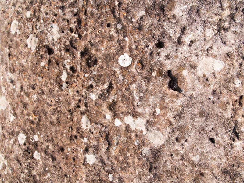 La texture de la pierre utilisée pour les fonds d'image, surface de couleur brune en pierre images stock