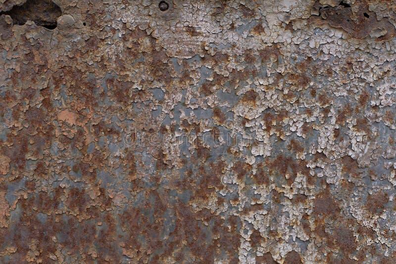 La texture de la vieille surface métallique peinte criquée rouillée photo libre de droits