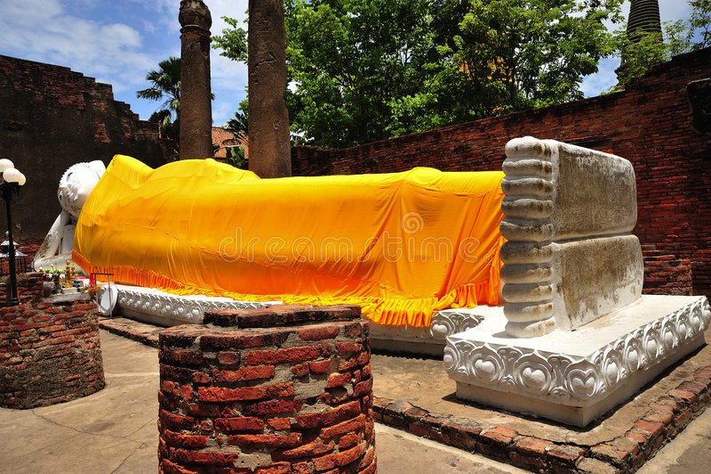 La Thaïlande Ayutthaya Wat Yai Chai Mongkhon photos stock