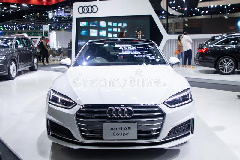 La Thaïlande - décembre 2018 : Voiture de sport superbe de luxe de couleur blanche de coupé d'Audi A5 présentée dans l'expo Nonth photos libres de droits