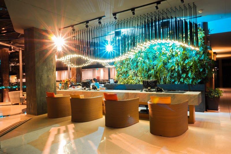 LA THAÏLANDE - DEC 15,2016 : Compteur de l'information d'hôtel Thaïlande de Botanica Khao Yai photo libre de droits