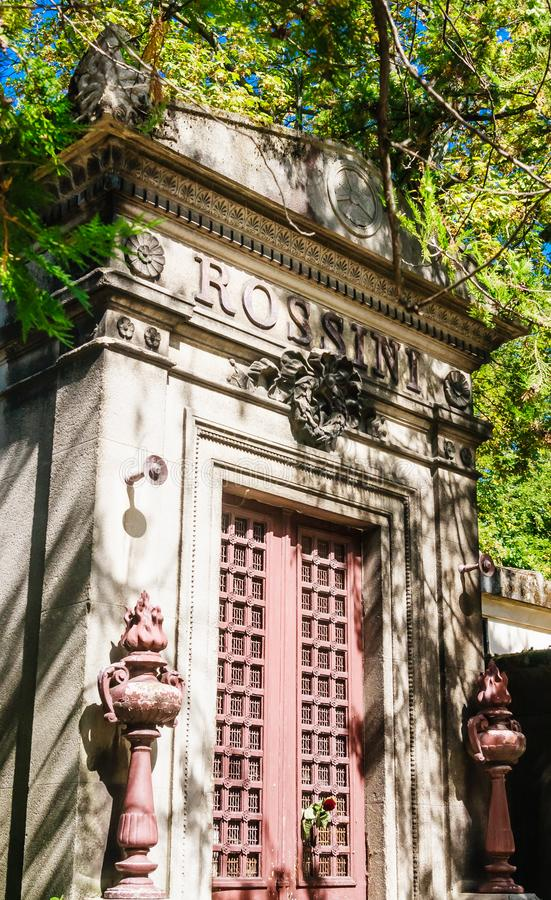 La tombe vide de Rossini au cimetière de Pere Lachaise à Paris photos libres de droits