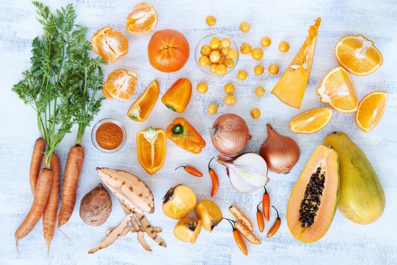 La tonalità arancio ha tonificato i prodotti freschi della raccolta immagini stock libere da diritti