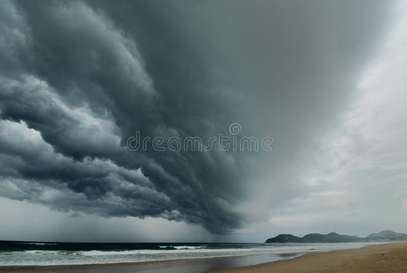 La tormenta que viene imagen de archivo libre de regalías